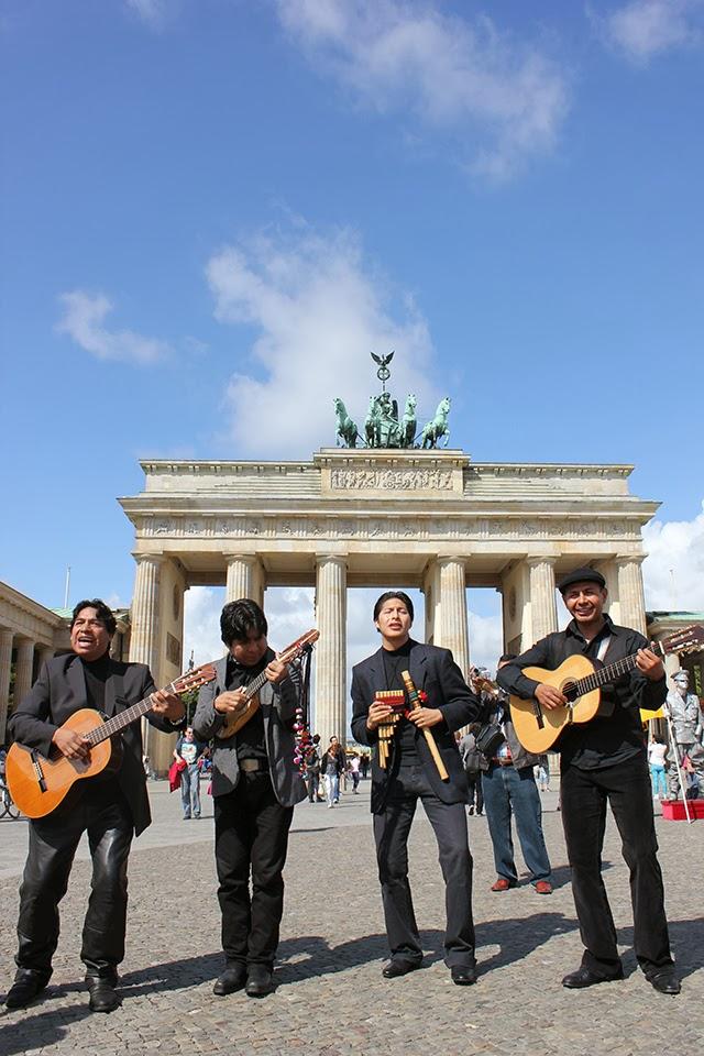 Andinos em Berlin