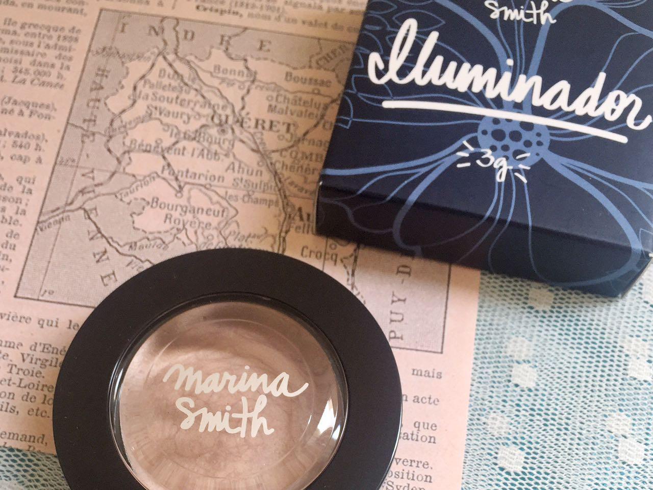 Iluminador Marina Smith